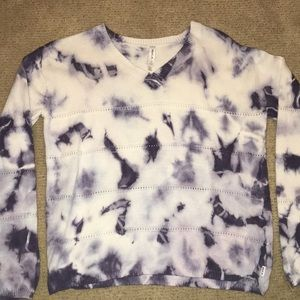 Women's RVCA v-neck tie-dye sweater size large